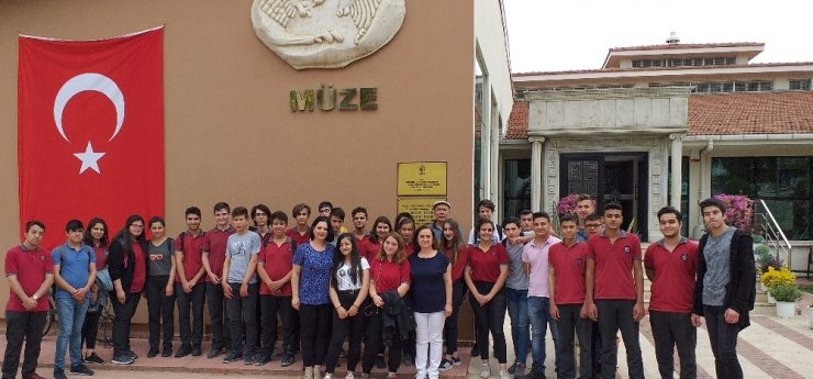Ödemiş Müzesi, öğrencilerin akınına uğradı