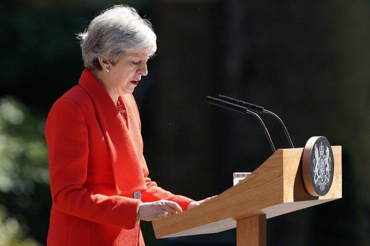 """7 Haziran'da istifa edeceğini açıklayan May: """"Elimden gelenin en iyisini yaptım"""""""