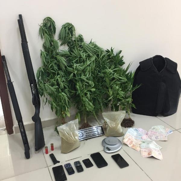 Adana'da uyuşturucu ticaretine 3 tutuklama