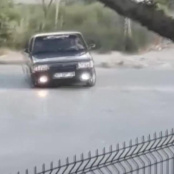 Konya'da 'drift' yapan 3 sürücüye 5'er bin lira ceza
