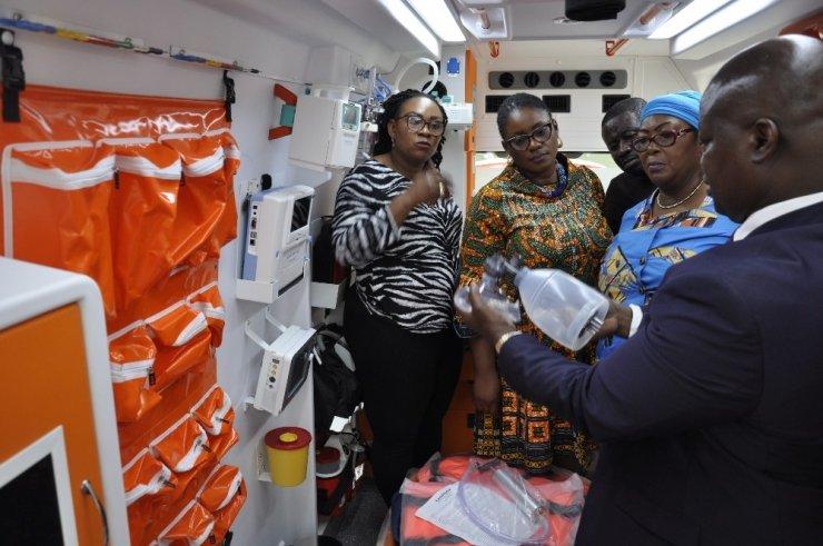 307 ambulans afrika ile ilgili görsel sonucu