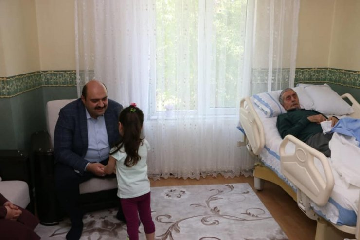 """Başkan Orhan: """"Gönüller inşa ediyoruz"""""""