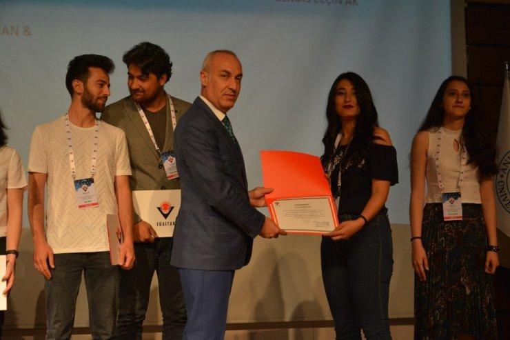 Bartın Üniversitesi öğrencilerine TÜBİTAK'tan ödül