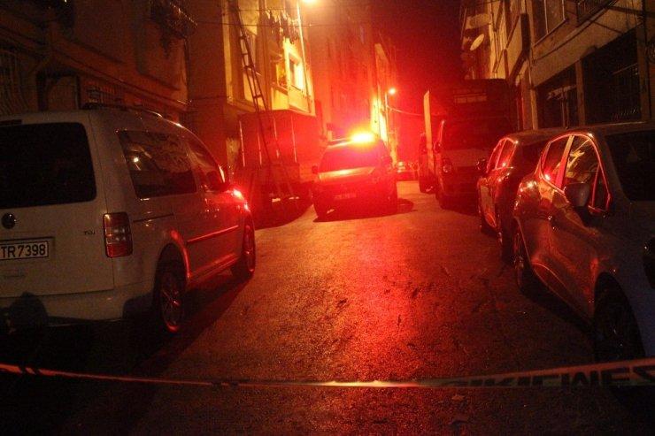 Beyoğlu'nda doğalgaz kaçağı mahalleyi sokağa döktü
