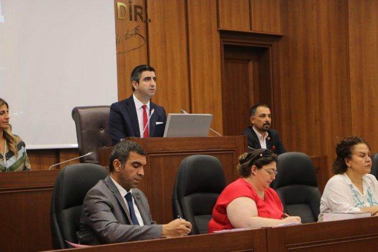 Kartal Belediye Meclis toplantısı, YouTube'dan ve LED bilgi ekranlarından canlı yayınlandı