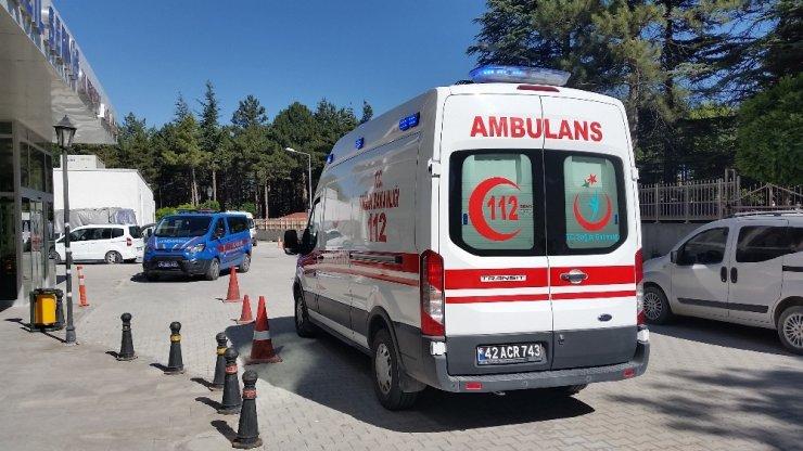 Konya'da otomobil takla attı: 4 yaralı