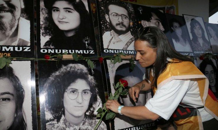 Çankaya'da Madımak olaylarında ölenler anıldı