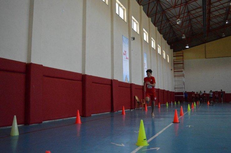Spor Lisesi seçmelerine yoğun ilgi