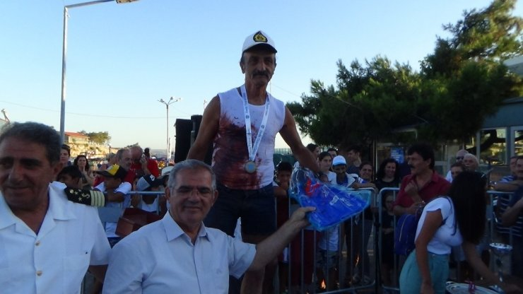 Mustafa Gül 45 yıl sonra tahtını devretti