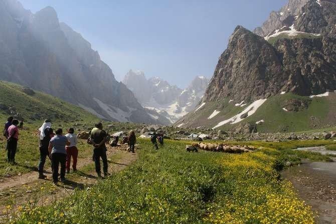 Dağcılardan Hakkari'ye yoğun ilgi