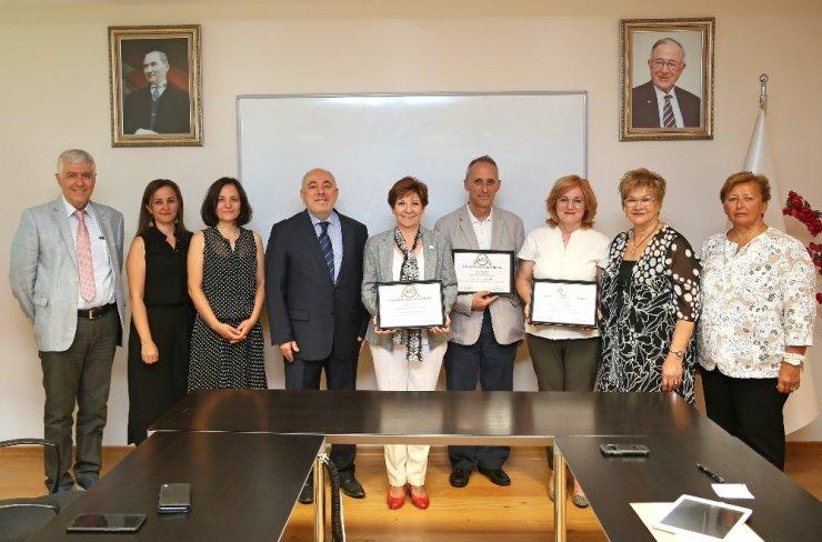 Yaşar Üniversitesi İletişim Fakültesi'ne İLEDAK akreditasyonu
