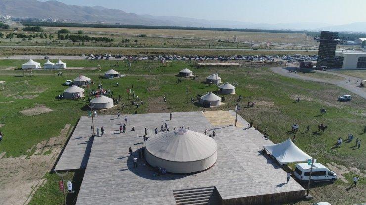 """Erzurum'da """" 2.Türk Oyunları Festivali"""" heyecanı"""
