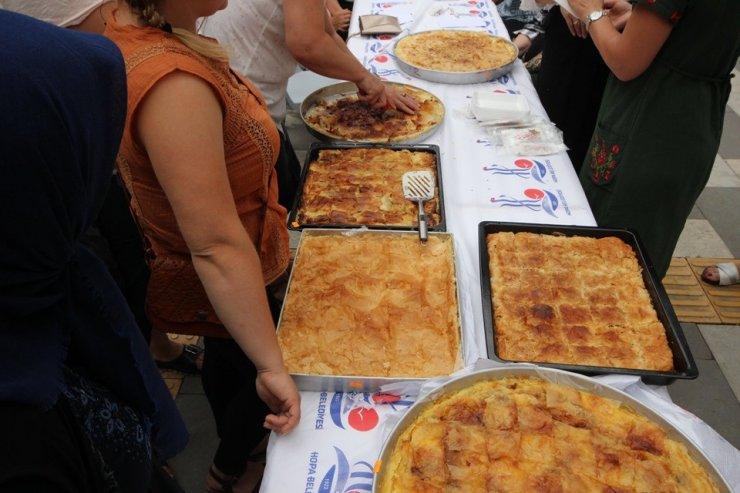 En güzel Laz Böreği yarışması Hopa'da yapıldı
