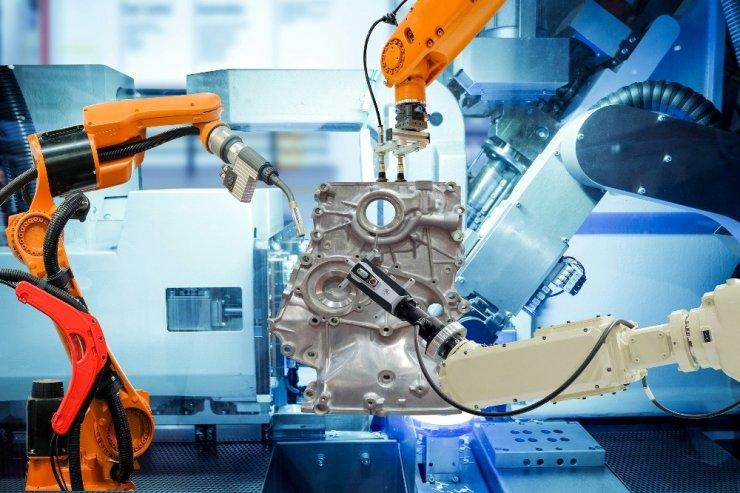 Endüstri 4.0: Robotlar işlerimizi ele geçirecek mi