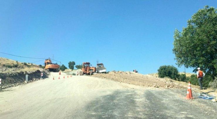 Karayolları ekipleri Nemrut yolunda bakım onarım çalışması başlattı