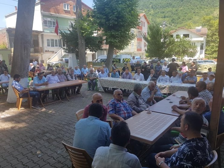 Yeşiloba köyünde 29 yıl sonra pazar açılışı