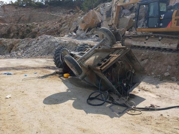 Maden ocağında 2 ay önce işe başlayan genç, traktörün devrilmesiyle öldü