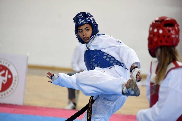 15 Temmuz Demokrasi Şehitleri Ümitler Türkiye Taekwondo Şampiyonası