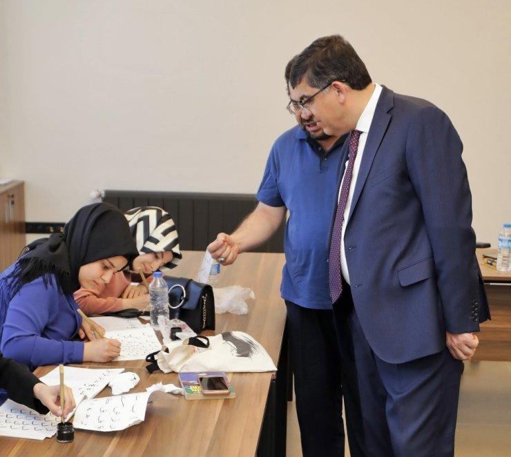 Başkan Fadıloğlu, ŞSM'deki kursiyerleri ziyaret etti