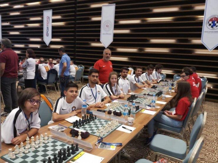 Çeşmeli satranççılardan önemli başarı