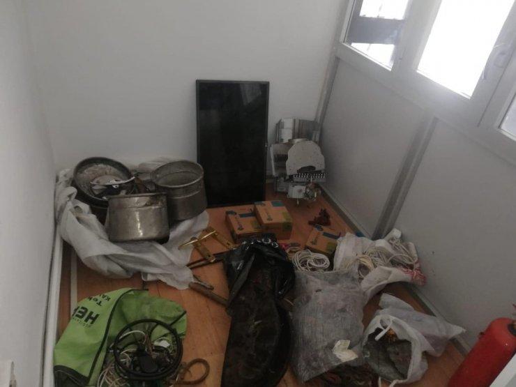 Çalınan eşyalar zulalar halinde ele geçirildi