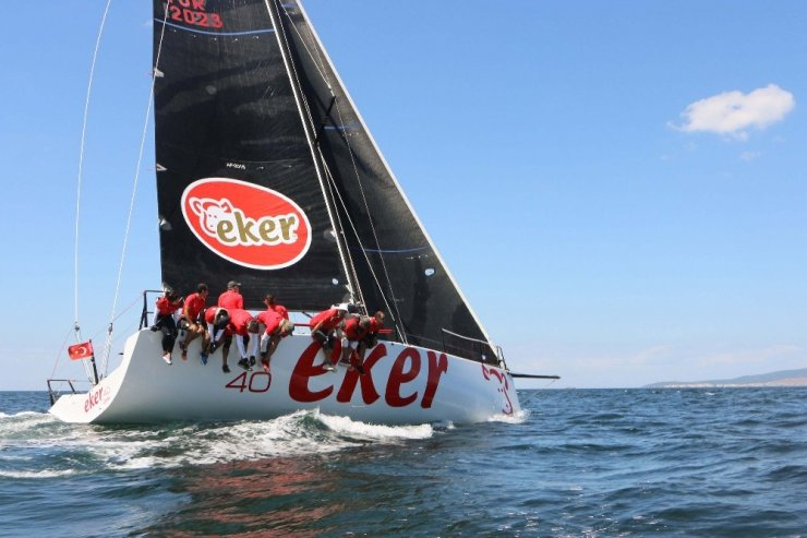 İstanbul'dan Bursa'ya uzanan yelken yarışı yedinci yılında