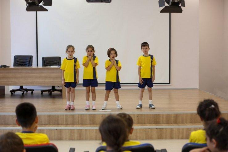 Yaz Okulunda drama eğitimi devam ediyor