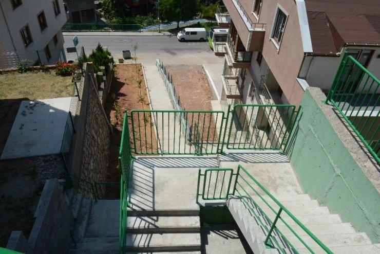 İzmit Yenimahalle'ye yeni merdiven