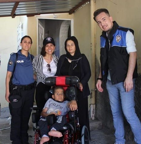 Polisten sosyal sorumluluk projesine destek