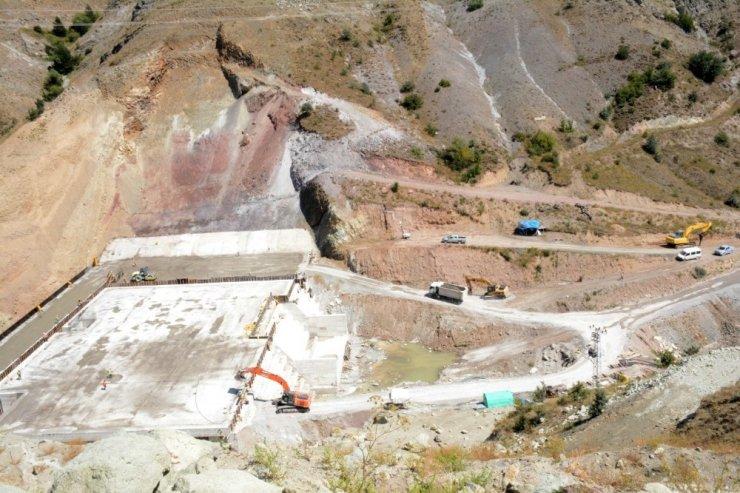 Bahçecik Barajında çalışmalar sürüyor