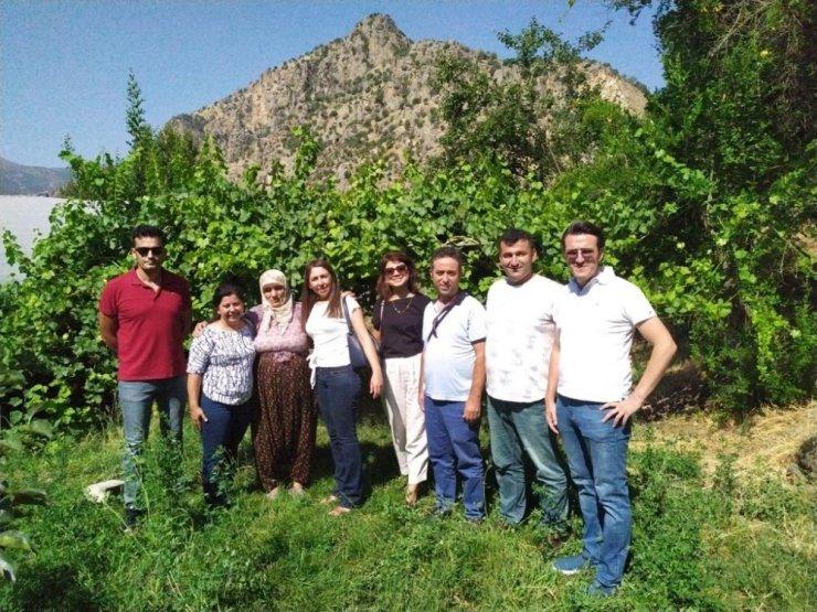Antalya heyetinden Çukurca'ya ziyaret