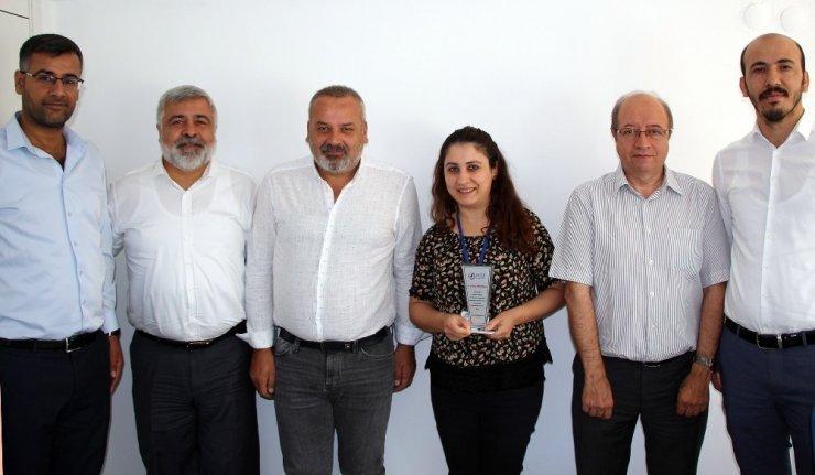 Dicle Elektrik'ten başarılı personele ödül
