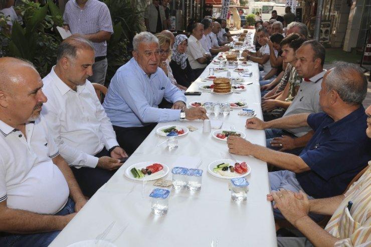 Başkan Atay, Kurtuluş Mahallesi esnafı ile buluştu