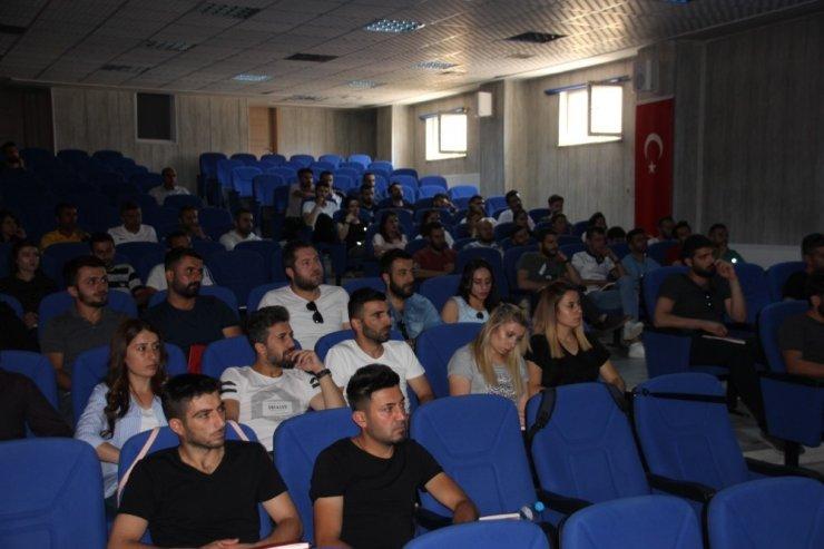 """Hakkari'de """"AFAD Gönüllülük Projesi"""" semineri"""