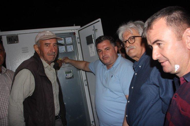 İzmir'in o mahallesinde yıllar sonra elektrik sevinci