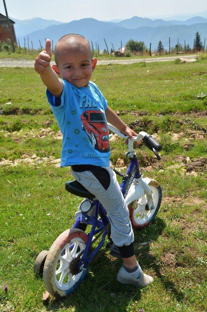 Minik Murat'ın en büyük hayali yeni bir bisiklet