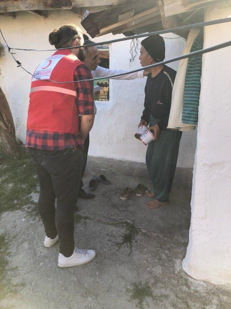 800 aileye gıda yardımı yapıldı