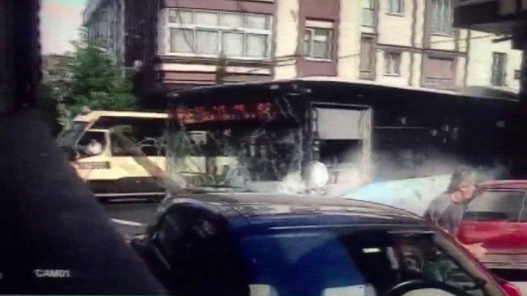 Gaziosmanpaşa'da halk otobüsü kazasında yeni görüntüler ortaya çıktı