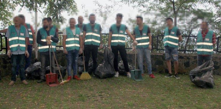 Hükümlüler çöp topladı