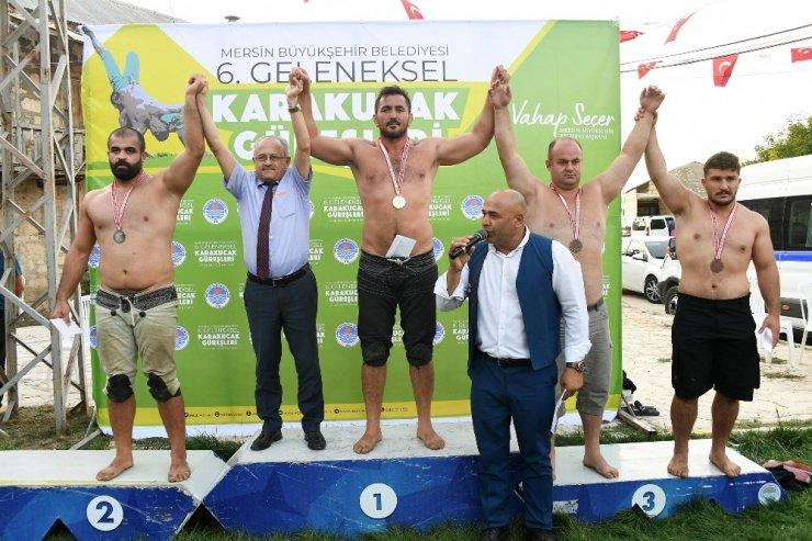 Mersin'de Karakucak Güreşleri başladı