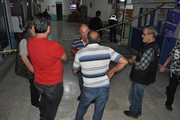 Konya'da taksici, meslektaşını silahla vurdu...Kanlar içinde yere yığıldı!