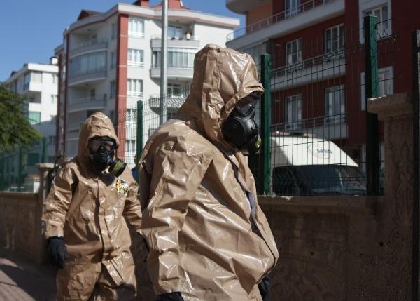 Konya'da 5 katlı apartmanda geniz yakan koku paniği