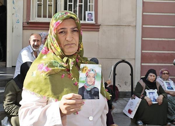 HDP önündeki eylemde 9'uncu gün; aile sayısı 23 oldu