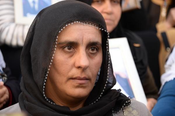 HDP önündeki eyleme Konya'dan da bir anne katıldı