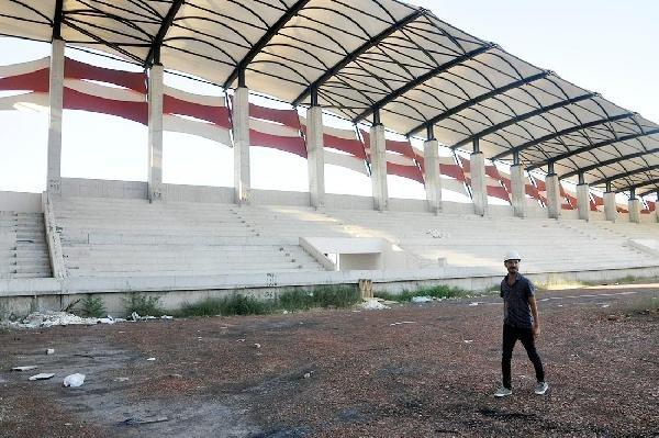 Turgutlu stadını bekliyor