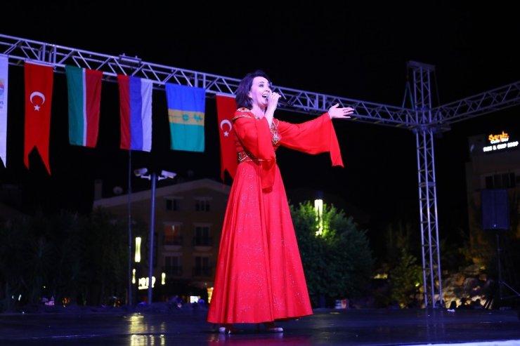 Tataristan'dan Marmaris'e kardeşlik festivali