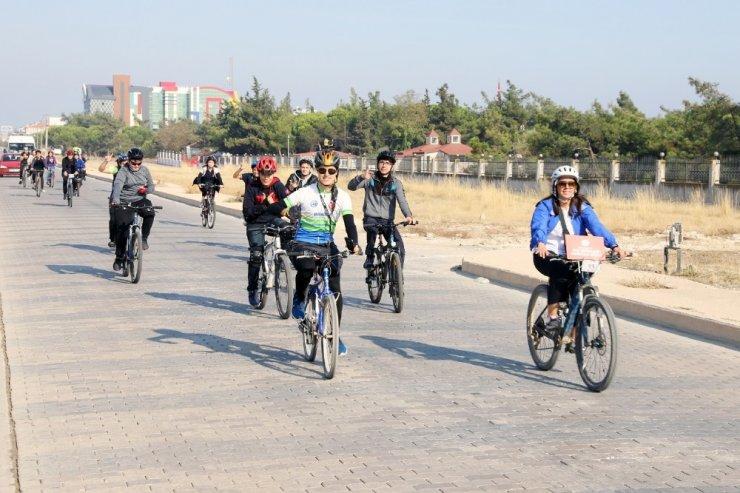 """Bandırma'da """" Haydi Çocuklar bisikletle okula"""" projesi"""