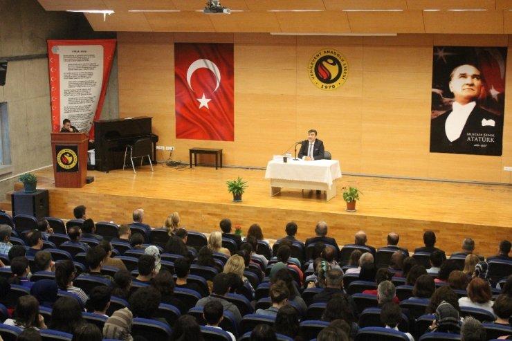 """Prof. Dr. Yaşar Hacısalihoğlu: """"Unutulan ihanet tekrarlanır"""""""