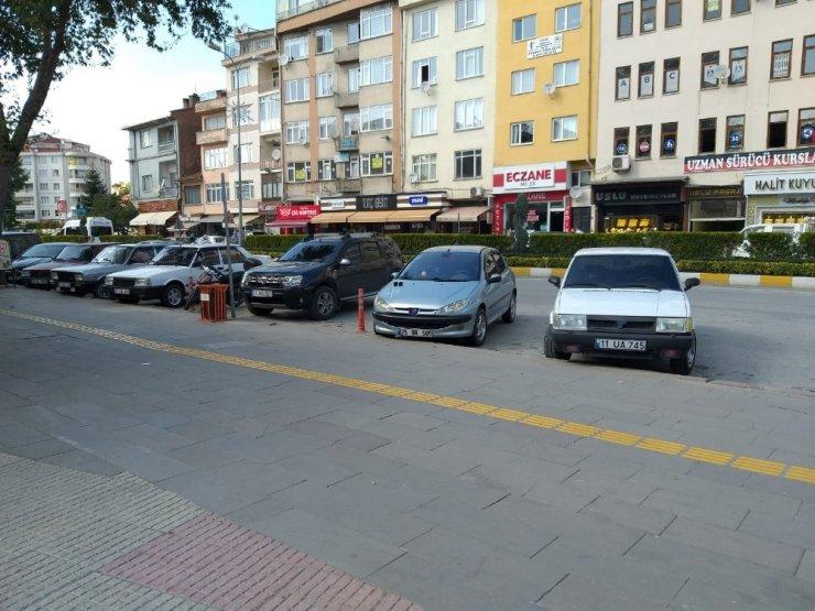 Engelli parkına araç bırakanlara ceza