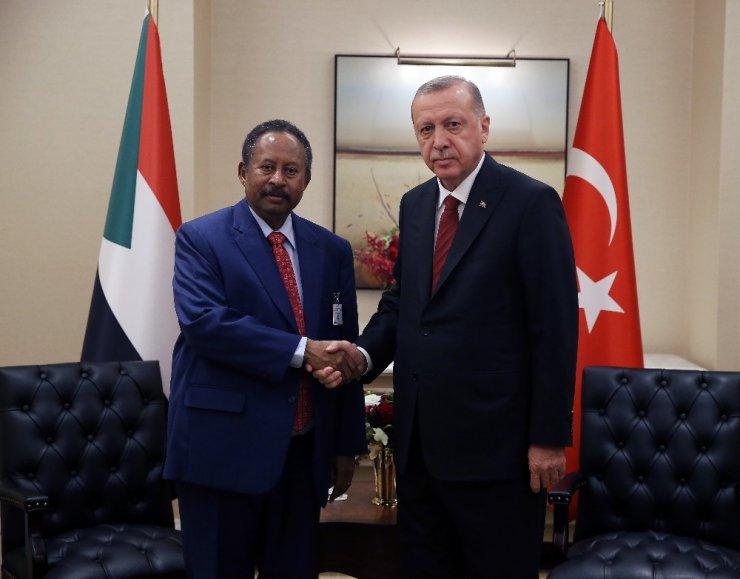 Cumhurbaşkanı Erdoğan, Sudan Başbakanı Abdallah Hamdok ile görüştü
